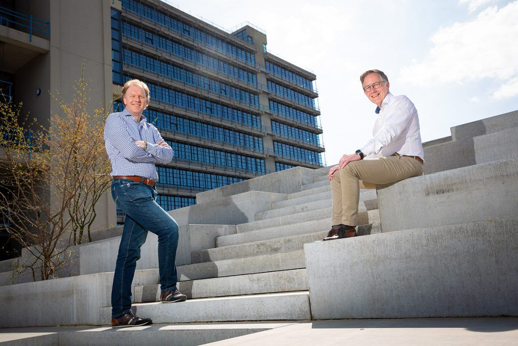 portrait of Albert and Joost, CEO and COO of PHIX Photonics Assembly