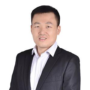 Sales rep Robert Wu for PHIX